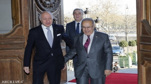 COOPERATION ALGERIE-FRANCE  ENTRETIEN A PARIS ENTRE MM. LAMAMRA ET FABIUS